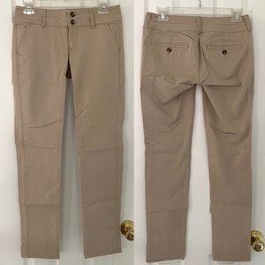 🔴 American Eagle Khaki Skinny Pants 0